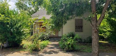 Fort Worth Single Family Home For Sale: 1024 E Leuda Street