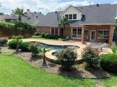 Fort Worth Single Family Home For Sale: 6727 Canyon Crest Drive