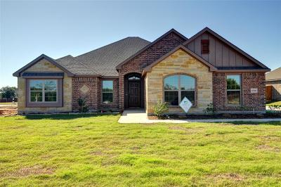 Cleburne Single Family Home For Sale: 1514 Bent Creek
