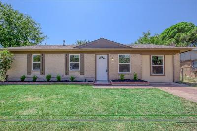 Balch Springs Single Family Home For Sale: 14004 Horseshoe Trail