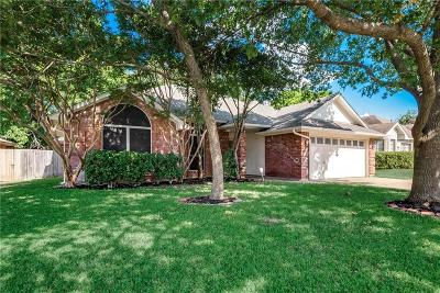 Fort Worth Single Family Home For Sale: 7621 Harmony Drive