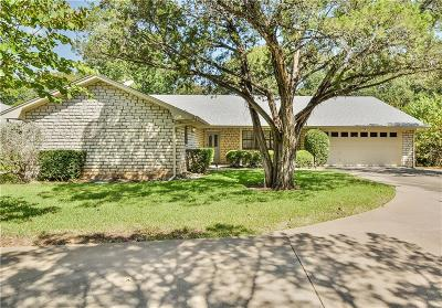 Granbury Single Family Home For Sale: 3806 Fairway Drive