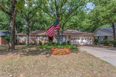 Euless Single Family Home For Sale: 500 Canyon Ridge Drive