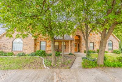 Tarrant County Single Family Home For Sale: 7543 Blanchard Way