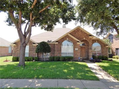 Rowlett Single Family Home For Sale: 7013 Tallowtree Drive