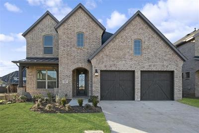 Flower Mound Single Family Home For Sale: 6351 Whiskerbrush Boulevard