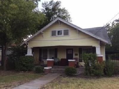 Brown County Single Family Home For Sale: 1607 3rd Street