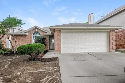 Fort Worth Single Family Home For Sale: 6705 Overland Street