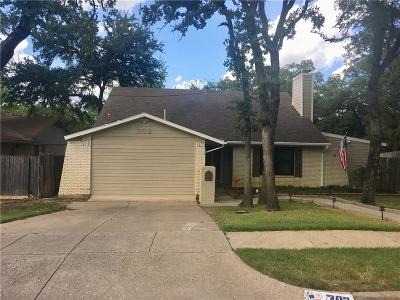 Euless Single Family Home For Sale: 302 Shelmar Drive