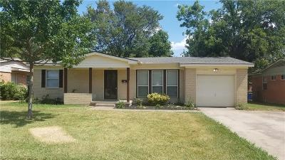 Dallas Single Family Home For Sale: 10912 Cotillion Drive