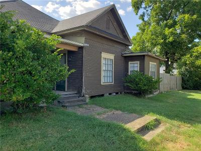 Kaufman Single Family Home For Sale: 207 E Grove Street