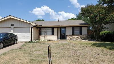 Richardson Single Family Home For Sale: 702 Melrose Drive