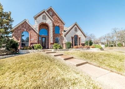 Hurst Single Family Home For Sale: 3321 Dustin Trail
