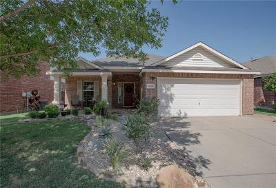 Dallas, Fort Worth, Longview Single Family Home For Sale: 10209 Pear Street