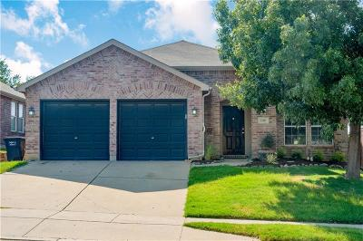 Single Family Home For Sale: 13921 Walnut Canyon Court