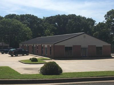 Tyler Commercial Lease For Lease: 6724 Paluxy Drive