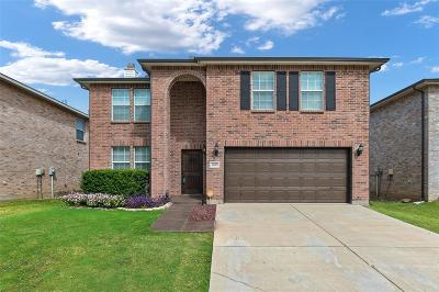 Fort Worth Single Family Home For Sale: 1825 Shasta View Drive