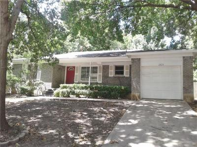 Fort Worth Single Family Home For Sale: 2820 Raton Drive