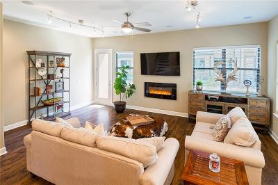 Dallas Townhouse For Sale: 1717 Annex Avenue #604