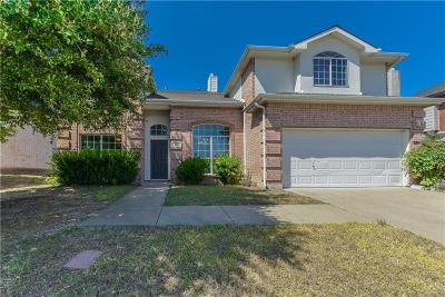 Cedar Hill Single Family Home For Sale: 415 Euless Drive