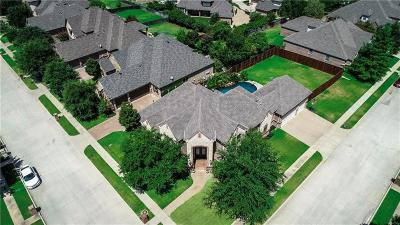 North Richland Hills Single Family Home For Sale: 7921 Forest View Court