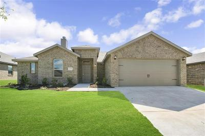 Weatherford Single Family Home For Sale: 2533 Doe Run