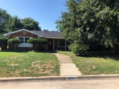 Fort Worth Single Family Home For Sale: 6900 Martha Lane