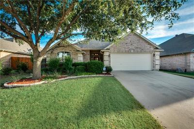 Benbrook Single Family Home For Sale: 8328 Teja Trail
