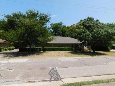 Collin County Multi Family Home For Sale: 202 N Graves Street