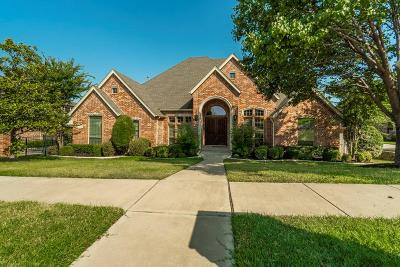 Keller Single Family Home For Sale: 607 Medina Court