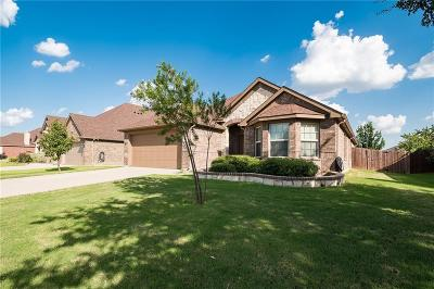 Grand Prairie Single Family Home For Sale: 6027 Cedar Glen Drive