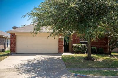 Grand Prairie Single Family Home For Sale: 943 Quail Creek Drive