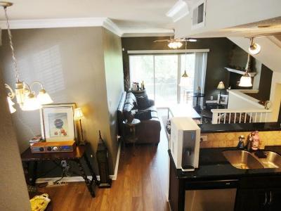 Dallas, Fort Worth, Longview Condo For Sale: 2201 Wolf Street #3101