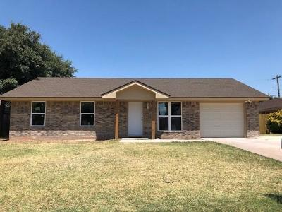 Single Family Home For Sale: 5226 Benbrook Street