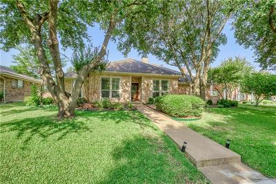 Richardson Single Family Home For Sale: 2211 Victoria Lane