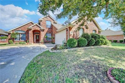 Grand Prairie Single Family Home For Sale: 5920 Prairie View Court