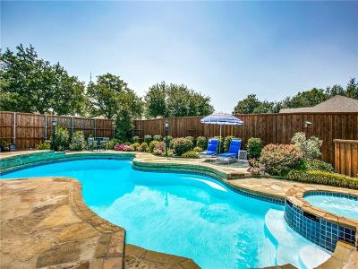 Dallas Single Family Home For Sale: 7338 Debbe Drive