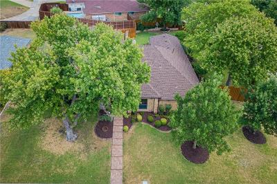 Richardson Single Family Home For Sale: 3202 Foxcreek Drive