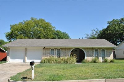 Arlington Single Family Home For Sale: 903 Warrington Court