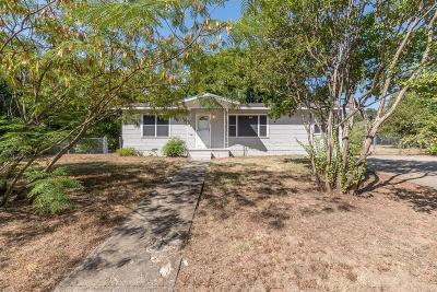 Azle Single Family Home For Sale: 129 Lakewood Drive
