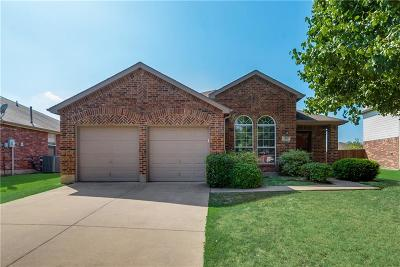 Forney Single Family Home For Sale: 304 Bayberry Trail