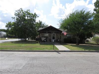 Mineral Wells Single Family Home For Sale: 1908 SE 11th Avenue