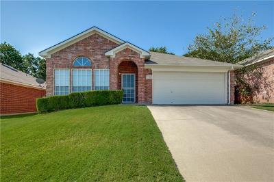 Fort Worth Single Family Home For Sale: 7740 Briarstone Court