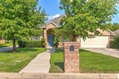 Benbrook Single Family Home For Sale: 1313 Cozby Street W