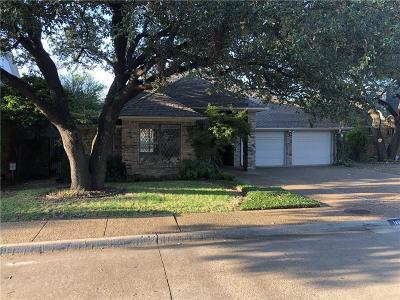 Dallas, Addison Single Family Home For Sale: 14868 Oaks North Place