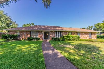 Grand Prairie Single Family Home For Sale: 2009 Meadow Court