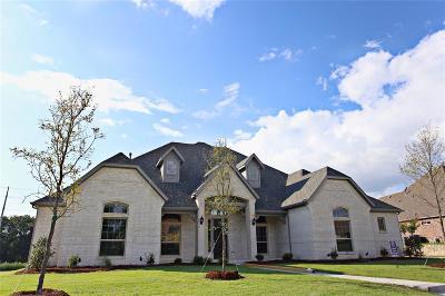Heath Single Family Home For Sale: 168 Falcon Point Drive