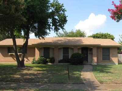 Garland Single Family Home For Sale: 3717 Hillsdale Lane