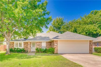 Dallas County, Denton County, Collin County, Cooke County, Grayson County, Jack County, Johnson County, Palo Pinto County, Parker County, Tarrant County, Wise County Single Family Home For Sale: 1906 Sharon Drive