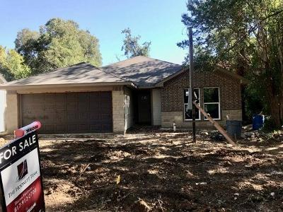 Cleburne Single Family Home For Sale: 208 N Wood Street